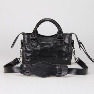 Bolsa Balenciaga Classic Mini City Black na internet