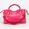 Bolsa Balenciaga Classic City Hot Pink/Gold na internet