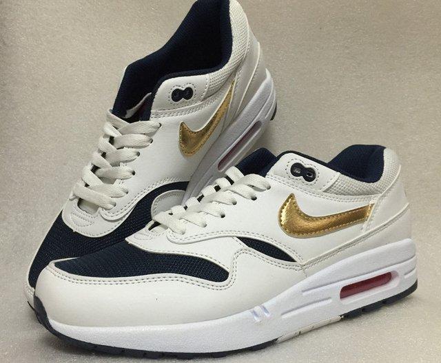 362f5614885 ... Nike Air Max 87 - Branco e Azul com Dourado - comprar online ...