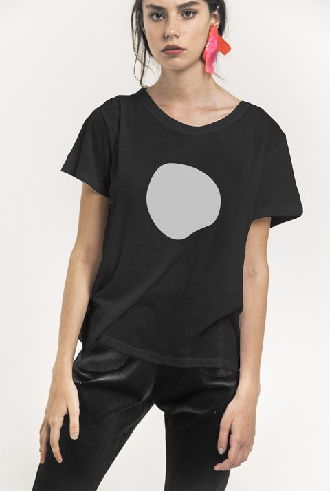 Remera Dot en internet