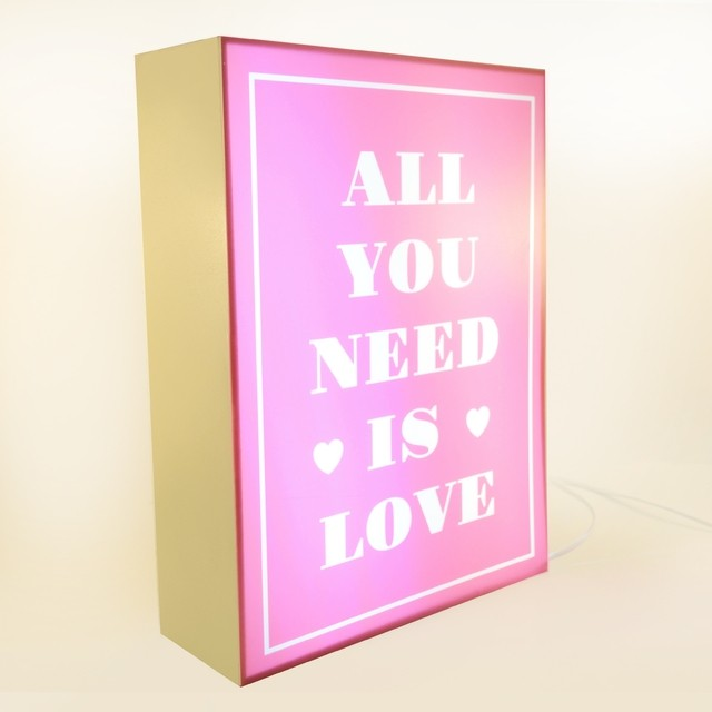 CAJA LED All you need is Love