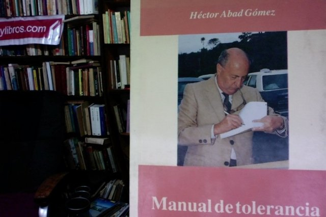 Manual de tolerancia  - Héctor Abad Gómez