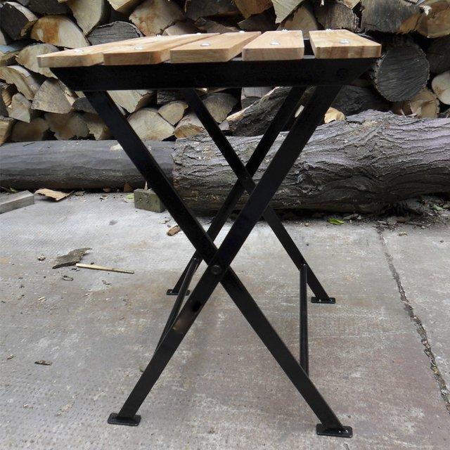Banco plegable de madera y hierro negro for Banco exterior contacto