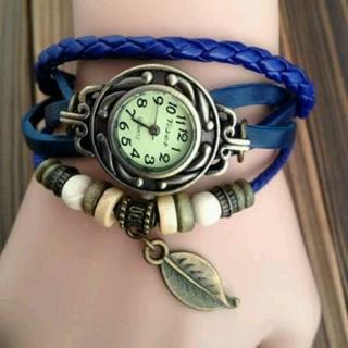 Relógio de couro feminino