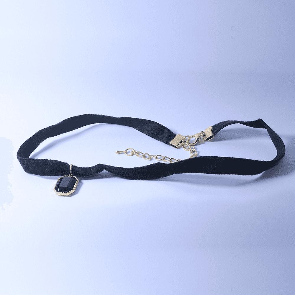 Gargantilha Rebeca Pedra Negra