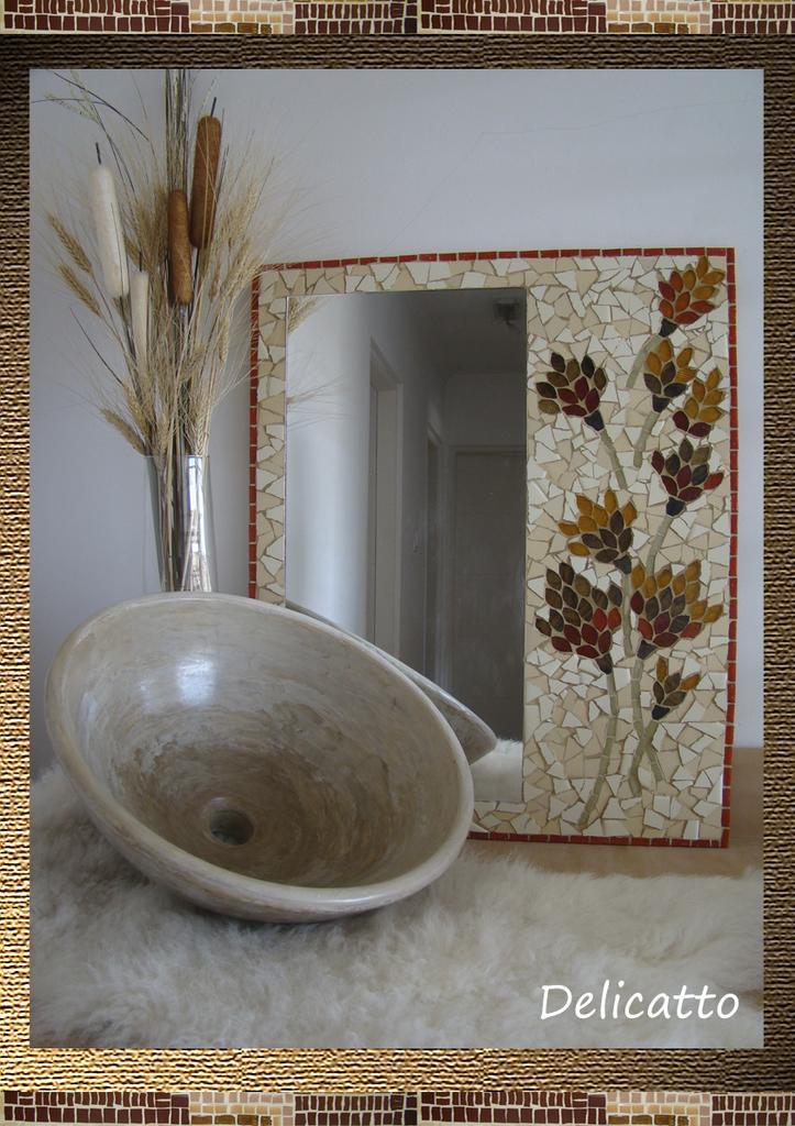 Espejo artesanal en cer mico y venecitas oferta for Espejos en oferta