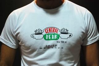 Remera Friends Central Perk - Comprar en Delorean Art 4509f5aa79c45