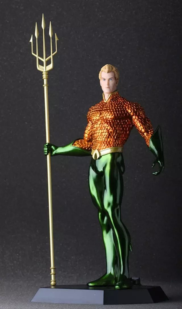 Aquaman - GeekFigures