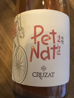 Pet nat pinot noir