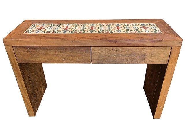 Trabalho Artesanal Manufatura E Maquinofatura ~ Aparador rústico de madeira com ladrilho e gavetas