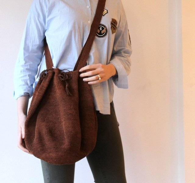BOLSO CHACO COLOR CHOCOLATE - OBRA