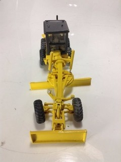 New Holland 140B - Arpra 1/50 - comprar online