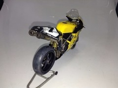 Ducati 998RS P. Chili - Minichamps 1/12 Customizada. na internet