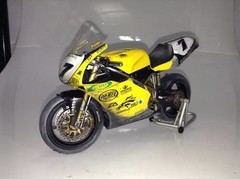 Ducati 998RS P. Chili - Minichamps 1/12 Customizada.