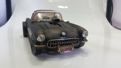 Chevrolet Corvette Gasser (1957) Custom - Road Legends 1/18 - comprar online