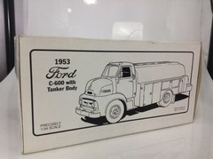 Imagem do Ford C-600 - First Gear 1/34