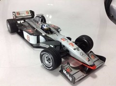 F1 Mclaren (Mercedes MP4-13) David Coulthard - Minichamps 1/18 - B Collection