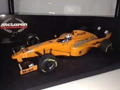 Imagem do F1 Mclaren MP4/12 D. Coulthard (Test Car) - Minichamps 1/18