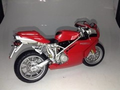 Ducati 999 (Street Version) - Minichamps 1/12 - B Collection