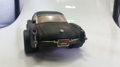 Chevrolet Corvette Gasser (1957) Custom - Road Legends 1/18 na internet