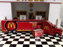 Imagem do Conjunto Mcdonalds Racing Champions 1/64