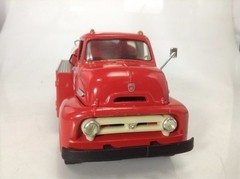 Ford C-600 - First Gear 1/34 - comprar online