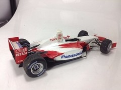 F1 Toyota TF102 (Promotional Showcar) - Minichamps 1/18 - B Collection