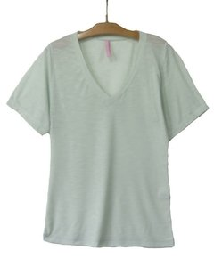 V 486 LISA flamée decote V - Little White Tee