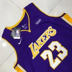 Regata Nike LA Lakers Lebron James Roxa - comprar online