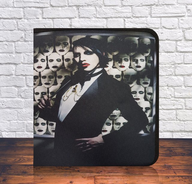 CARPETA MARILYN MANSON