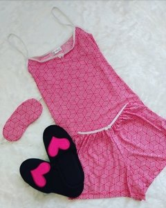 KIT SHORT DOLL+TAPA OLHO+PANTUFA