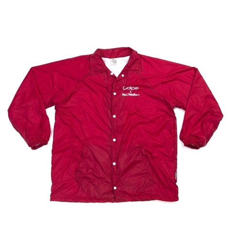 Windbreaker Red - Collab Golpe Oficial + Hollywoodogz