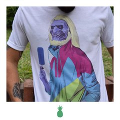 Remera White Walker