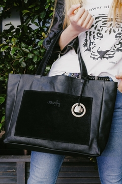Ampi Bag Black en internet