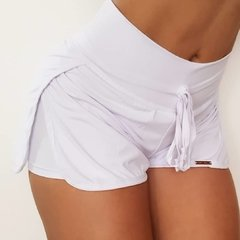 Short sobre posto white