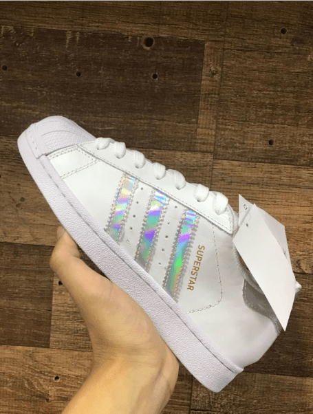 8e2e69ad88 Adidas Superstar prata branco + RELOGIO CASIO DE BRINDE