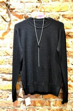 Sweater detalle en laterales