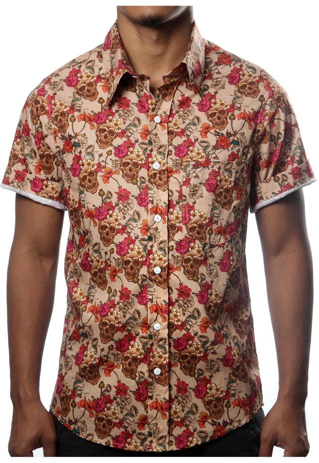241d79a135 Camisa Estampa Caveira Mexicana Florida Casual Floral Bege