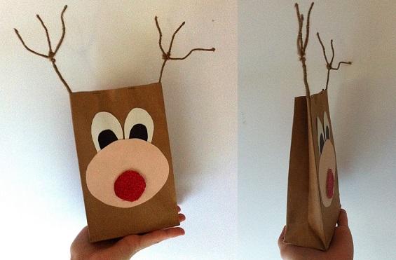 Packaging con cara de reno para envios en ecommerce