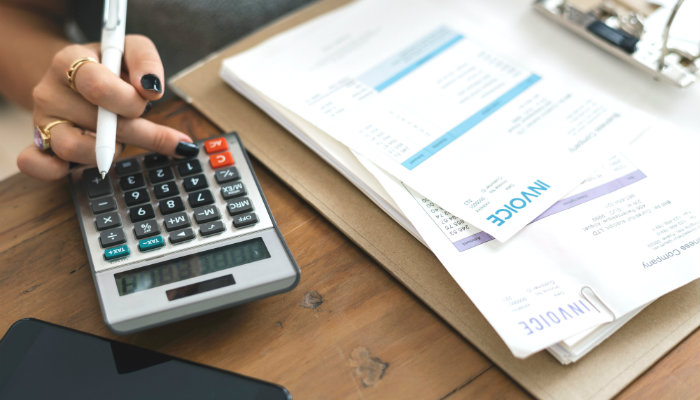 Cómo hacer una factura electrónica