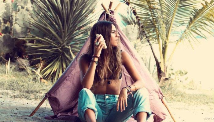 Negócio entre primas: conheça a loja de pulseiras Amica Mia