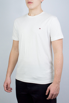 Camiseta Tommy Hilfiger Basic Essential (434835)