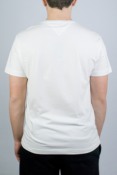 Camiseta Tommy Hilfiger Basic Essential (434835) na internet