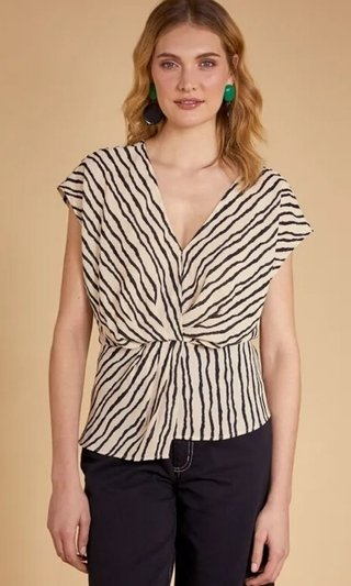 BLUSA FLUIDA DECOTE V PB SHOULDER