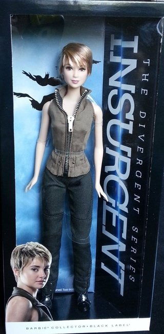Barbie Collector Insurgent Tris - Divergent Series - 2015