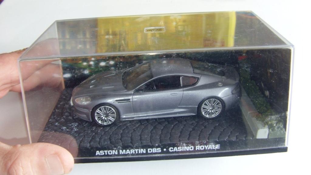 James Bond Car Eaglemoss 1 43 Aston Martin Dbs Casino Royale