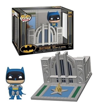 Boneco Funko Pop Town Batman With The Hall Of Justice 09