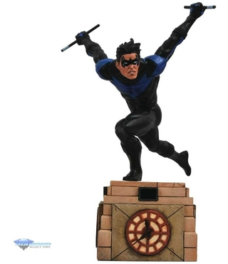 Nightwing Comic Dc Gallery Statue Diamond Select