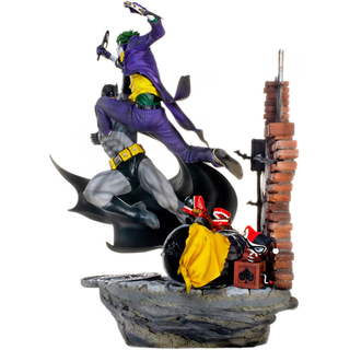 BATMAN VS JOKER BATTLE DIORAMA 1/6 - DC COMICS SERIES 4 BY IVAN REIS