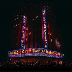JOE BONAMASSA - LIVE AT RADIO CITY MUSIC HALL (SLIPCASE)(CD/DVD)